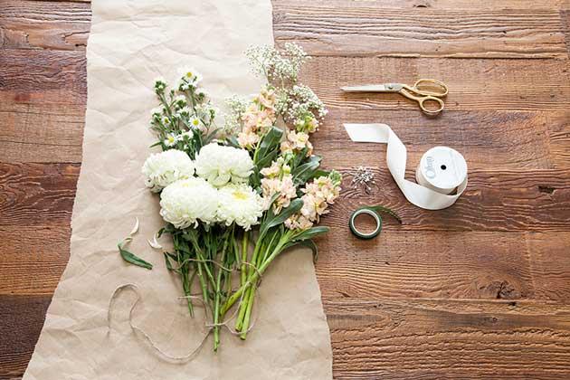 6 Money Saving Hacks For Your Wedding Flowers Scivee